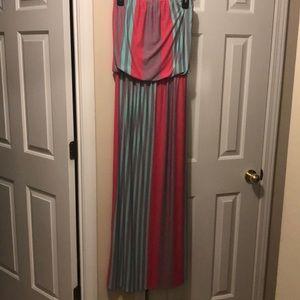 Cute long strapless dress!